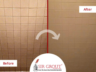 Before & After Picture of a Grout Recoloring Service in Punta Gorda, FL