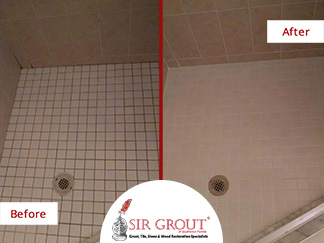 Before and After Picture of a Grout Cleaning in Port Charlotte, Florida