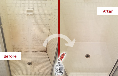 Before and After Picture of a Burnt Store Marina Bathroom Grout Sealed to Remove Mold