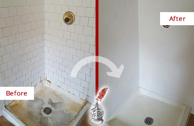 Before and After Picture of a Cypress Lake Shower Cleaned to Eliminate Mold