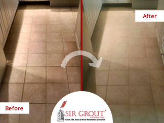 Before and After Picture of a Grout Cleaning in Fort Myers, Florida